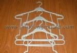 Hanger 06